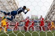 【世界盃‧秘魯挫澳洲2:0】(法新社)