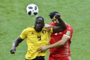 【世界盃‧比利時對突尼西亞】比利時前鋒盧卡古(Romelu Lukaku) (左)(法新社)