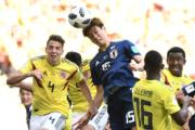 【世界盃‧日本對哥倫比亞】日本前鋒大迫勇也頂頭槌(法新社)