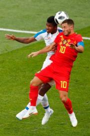 【世界盃‧比利時對巴拿馬】比利時前鋒Eden Hazard (右)(法新社)