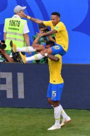 【世界盃16強-巴西挫墨西哥2:0】尼馬(上)(法新社)