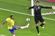 【世界盃‧巴西挫塞爾維亞2:0】尼馬 (左) (法新社)