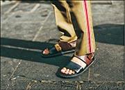 穿涼鞋塑造隨意感覺
