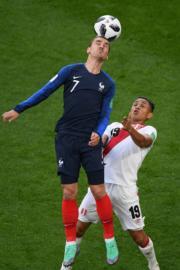 【2018世界盃】法國前鋒基沙文頂頭槌 (法新社)