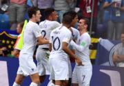【世界盃‧8強淘汰賽】法國2:0挫烏拉圭,法國球員表現興奮。(中新社)