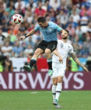 【世界盃‧8強淘汰賽】法國2:0挫烏拉圭(新華社)