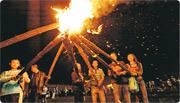 四川彝族火把節 狂歡三天三夜如過年
