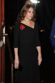 2018年11月10日,英國王室成員在倫敦出席活動。圖為凱特。(法新社)
