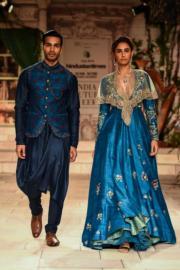 2018印度時裝周 - Anju Modi 的設計(法新社)