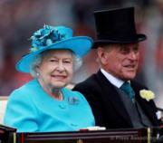 【英女王的心口針】英女王(左)與王夫菲臘親王(右)(The Royal Family facebook圖片)