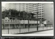 彌敦道:美麗華大酒店工地,攝於1976-1980年。(香港政府檔案處網站截圖)