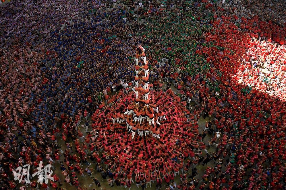 西班牙加泰隆尼亞 疊人塔驚險又壯觀