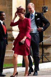 【尤金妮亞公主婚禮】劍橋公爵伉儷威廉王子(後)和凱特(前)(法新社)
