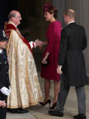 【尤金妮亞公主婚禮】劍橋公爵伉儷威廉王子(右)和凱特(中)(法新社)