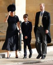 【尤金妮亞公主婚禮】愛德華王子伉儷與兒子(中)均有出席觀禮。(法新社)