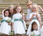 【尤金妮亞公主婚禮】喬治小王子(後排右二)、夏洛特小公主(左)(法新社)