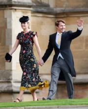 【尤金妮亞公主婚禮】英國歌手James Blunt(右)與太太Sofia Wellesley(法新社)