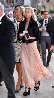 【尤金妮亞公主婚禮】名模Kate Moss(左)與女兒Lila Grace Moss(法新社)