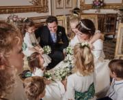 英國尤金妮亞公主在Instagram分享照片:結婚日,她、丈夫、花童笑容滿臉。(Princess Eugenie Instagram圖片)