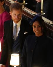 哈里王子與梅根與一眾王室成員出席尤金妮亞公主的婚禮。(法新社)