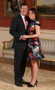 2018年1月,英國王室宣布尤金妮亞公主(右)與Jack Brooksbank(左)已訂婚的消息。(法新社資料圖片)