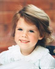 孩童時期的英國尤金妮亞公主(Princess Eugenie of York)(The Royal Family Twitter圖片)