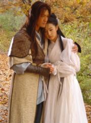 2006年電視劇《神鵰俠侶》:黃曉明、劉亦菲分別飾演楊過、小龍女。(劇照)
