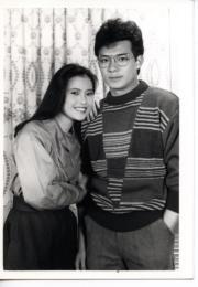 藍潔瑛(左)、黃日華(右)(黑白資料圖片)