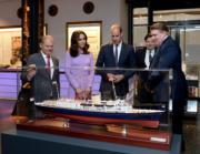 2017年7月21日,威廉王子與凱特到訪德國漢堡,參觀國際海事博物館(International Maritime Museum)。(法新社)