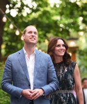 2017年7月20日,威廉王子和凱特在德國柏林出席晚宴。(法新社)