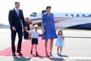 2017年7月19日,英國劍橋公爵威廉王子一家外訪,離開波蘭轉往德國,抵達柏林。(The Royal Family facebook圖片)