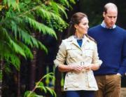2016年9月26日,威廉與凱特走進加拿大大熊雨林(Great Bear Rainforest)。(The Royal Family Instagram圖片)