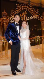 【2018最美新娘】江若琳(右)與蕭潤邦(左)(圖片由Rene Caovilla提供)