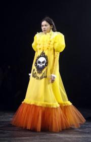 【巴黎2019年春夏高級訂造服時裝騷】Viktor & Rolf 2019年春夏高級訂造服時裝騷(法新社)
