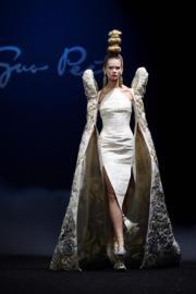 【巴黎2019年春夏高級訂造服時裝騷】Guo Pei 2019年春夏高級訂造服時裝騷(法新社)