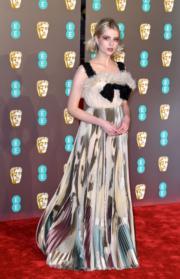 《波希米亞狂想曲:搖滾傳説》露絲伯恩頓穿著Christian Dior春裝出席頒獎禮。(Getty Images)