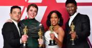 「影帝」雷米馬力(左起)、「影后」奧莉菲亞高文、「最佳女配角」雷珍娜京及「最佳男配角」馬亞沙拉亞里,齊齊展示手中獎項。