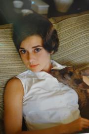 【Audrey Hepburn相展】柯德莉夏萍與她的小鹿Ip。(何芍盈攝)