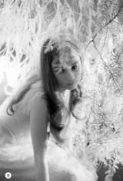 【Audrey Hepburn相展】柯德莉夏萍在電影《翠谷香魂》的珍貴照片。(Bob Willoughby攝/圖片由F11 Foto Museum提供)