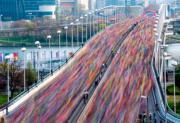 【Long Exposure長時間曝光攝影】2019年4月7日,奧地利維也納舉行馬拉松活動。(法新社)