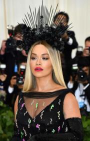 【Met Gala 2018】英國女歌手Rita Ora(法新社)