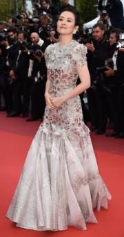 章子怡穿著Givenchy現身《La Belle Epoque》首映禮。