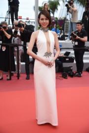 台灣女星夏于喬出席《灼人秘密》首映禮時打扮性感。