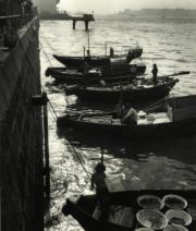 【香港蘇富比「香港影像·兩代觸覺——邱良·李家昇」】邱良《無題》(約攝於1960至1970年代)(圖片由相關機構提供)