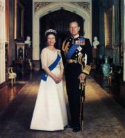 英女王與王夫英國愛丁堡公爵菲臘親王(政府新聞處刊物圖片)