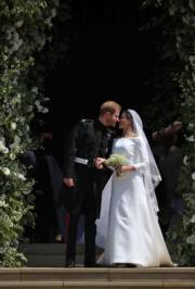 英國哈里王子(左)與梅根(右)5月19日結婚。(法新社)