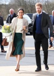 2018年3月23日,哈里王子(右)與馬克爾(左)訪問北愛爾蘭。(法新社)