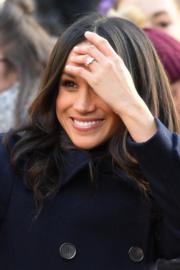 哈里王子未婚妻馬克爾首次出席王室公開活動,手上的鑽戒十分搶眼。(Meghan Markle)(法新社)