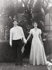 「雙宋」在海外取景拍攝婚紗相。(資料圖片)