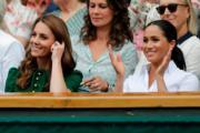 2019年7月13日,凱特(左)與梅根(右)一起觀賞2019溫布頓女單比賽。(法新社)